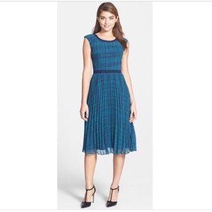 Halogen Bunburst Print Pleated Dress - 6